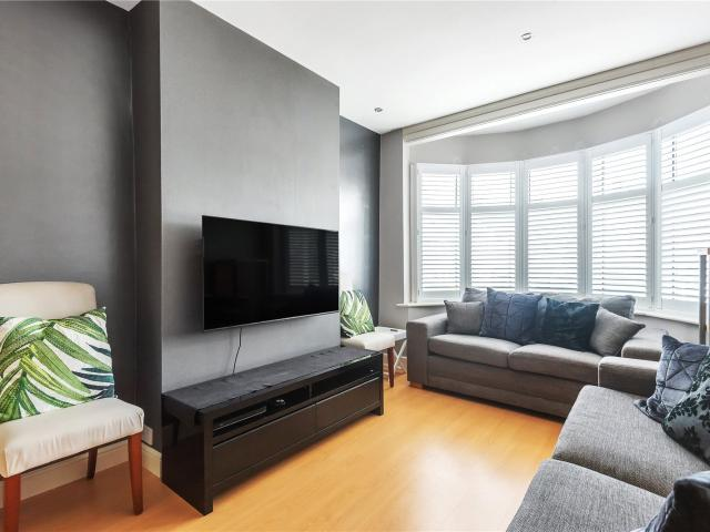 Semi 3 Bedroom House To Rent In Weirdale Avenue, Whetstone, London, N20 On Boomin