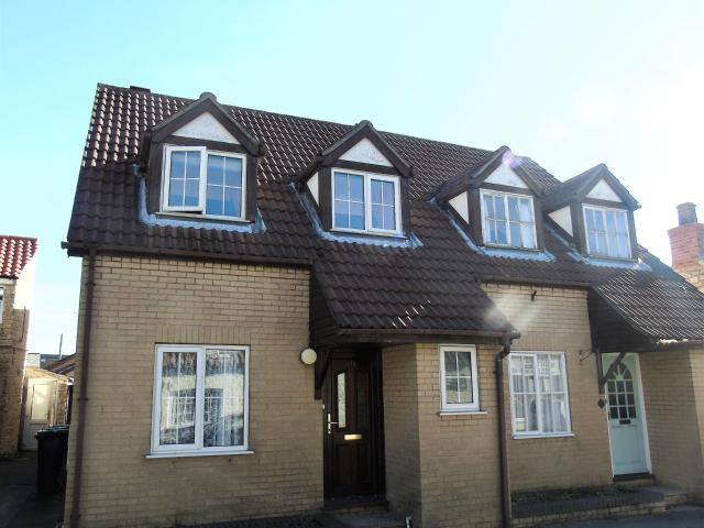 Semi 4 Bedroom House For Sale In High Street, Metheringham, Lincoln, Ln4 3dz On Boomin