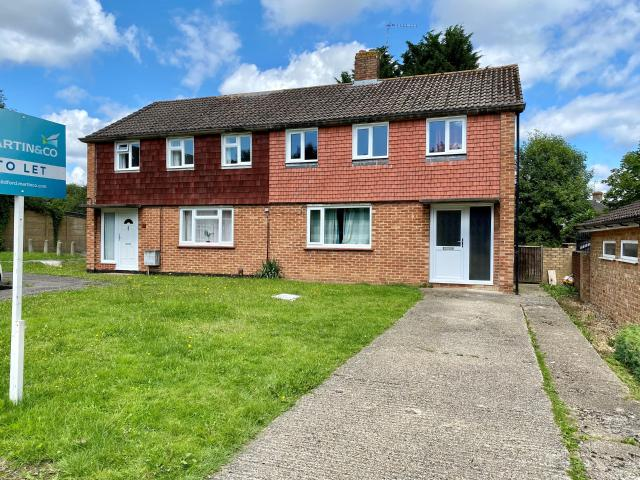 Semi 4 Bedroom House To Rent In Coppice Close, Guildford On Boomin