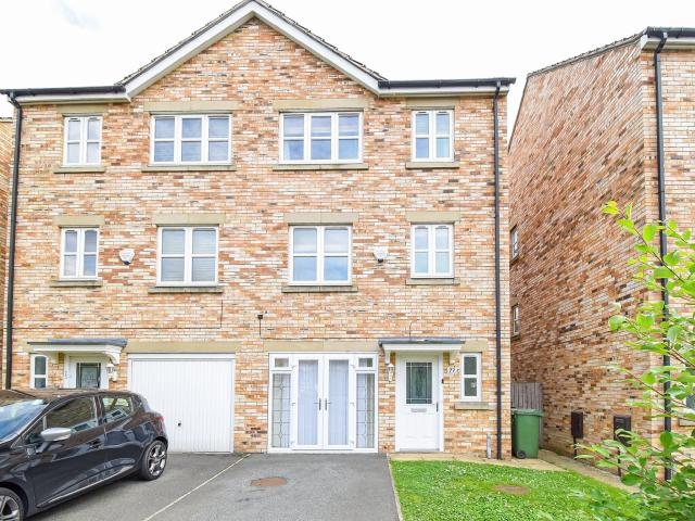 Semi 4 Bedroom House To Rent In Temple Court, Wakefield, Wf1 5dh On Boomin