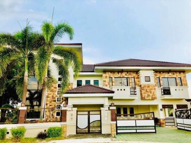 Semi Furnished House With 7 Bedrooms For Sale In Mexico Pampanga