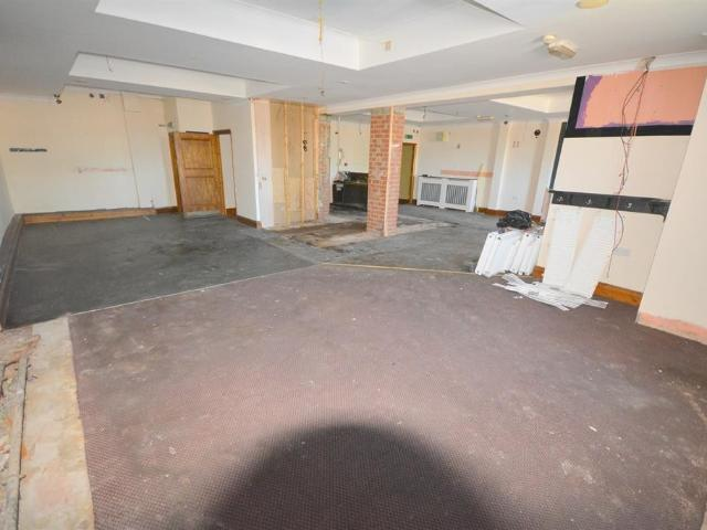 Semi Studio House For Sale In Kingsway, Bishop Auckland, Dl14 7jn On Boomin