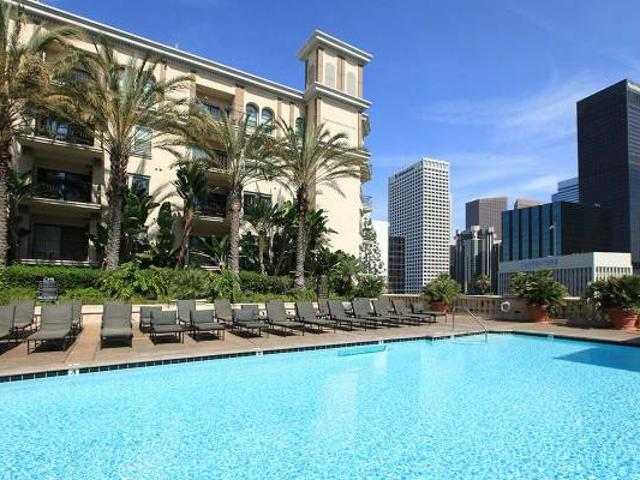 Shared Room In Luxury Apartment Near Fidm, Usc Downtown Los Angeles