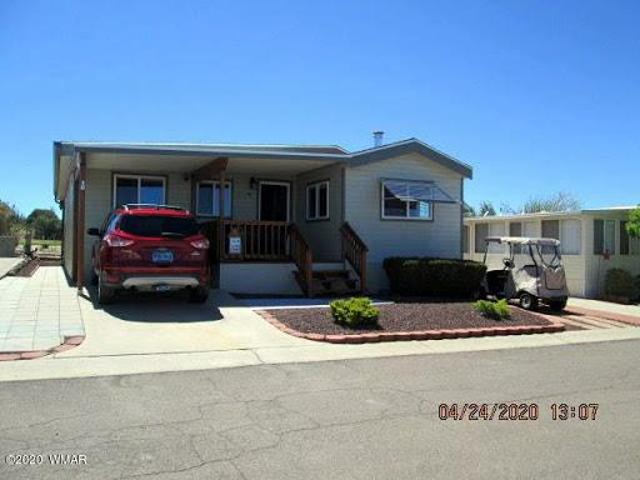 Show Low One Br 1.5 Ba, Amenities Galore. Get Out Of The Heat An