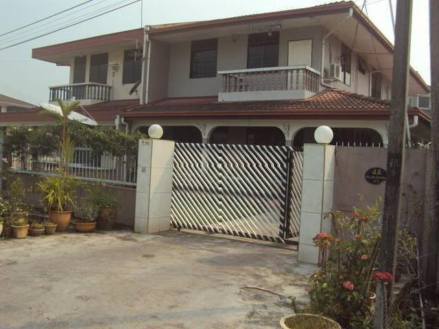 Sibu Semi Detached House For Sale In City