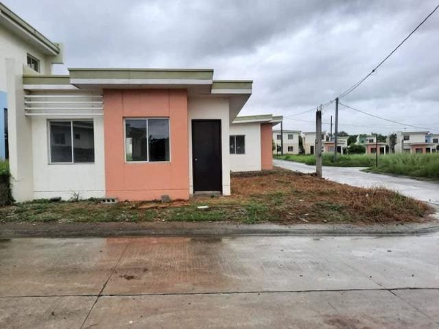 Single Attached Bungalow In Calamba Laguna 2 Bedrooms