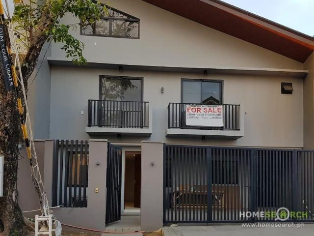 Single Attached In Betterliving, Paranaque City