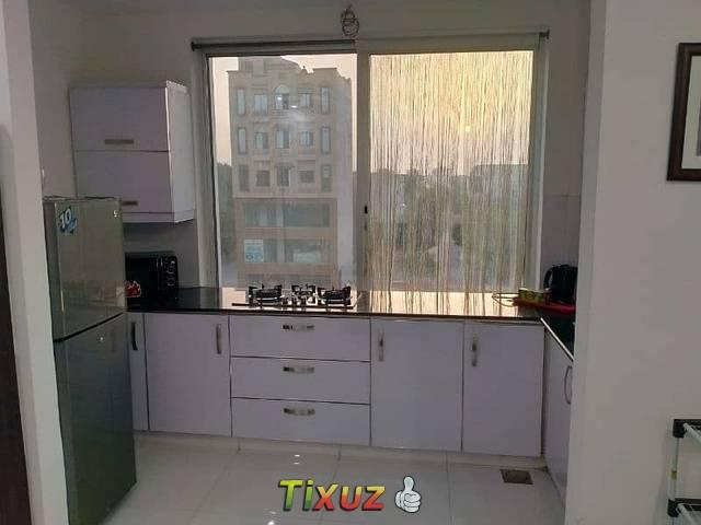 Single Bed Luxryfurnished Flat Avalabl For Rent In Bahria Town Lahore