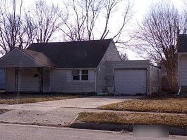 Single Family Home In Ames