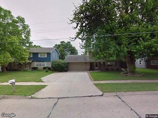 Single Family Home In Clive From Hud Foreclosed