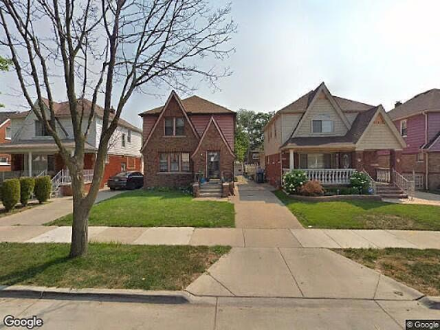 Single Family Home In Dearborn