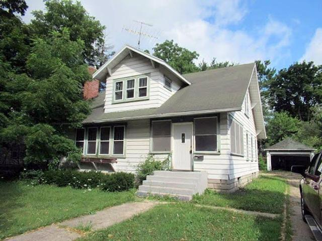 Single Family Home In Delavan From Hud Foreclosed