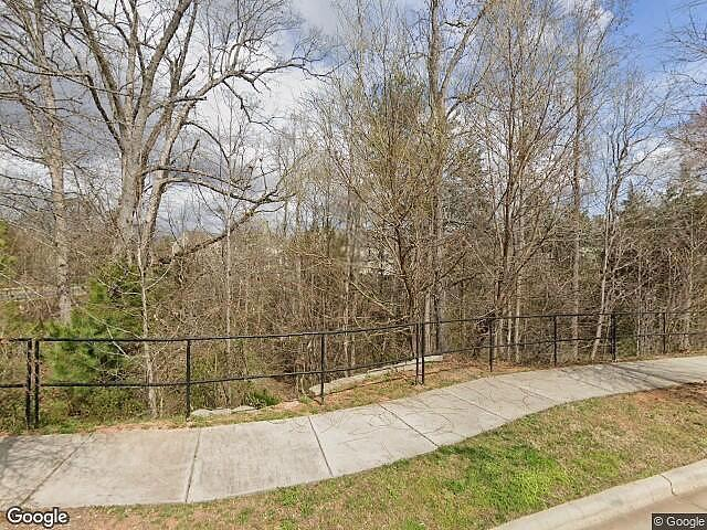 Single Family Home In Huntersville From Hud Foreclosed