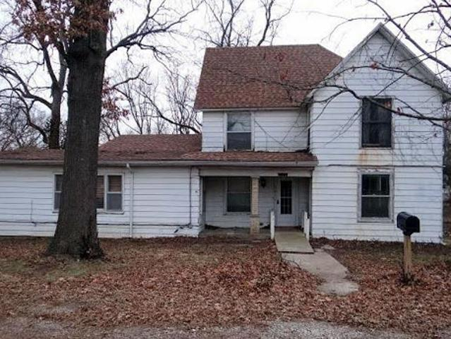 Single Family Home In Tonganoxie