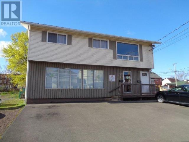 Snap Up This 2 Br 4 Bath Single Family House In Moncton