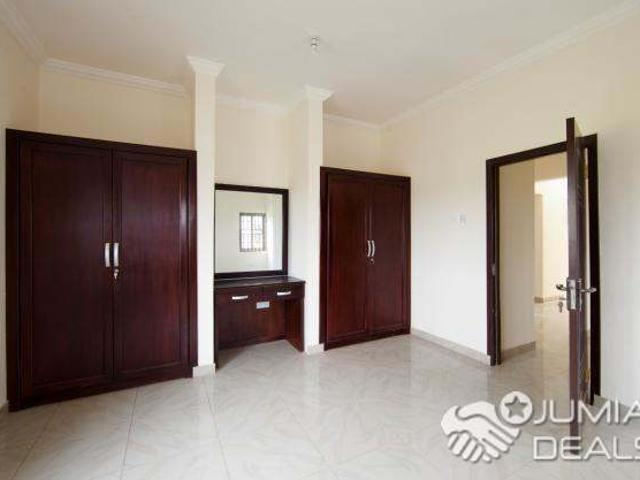South C 4 Bedrooms To Let