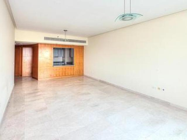 Spacious 1bhk For Sale Park Facing In Madina Tower