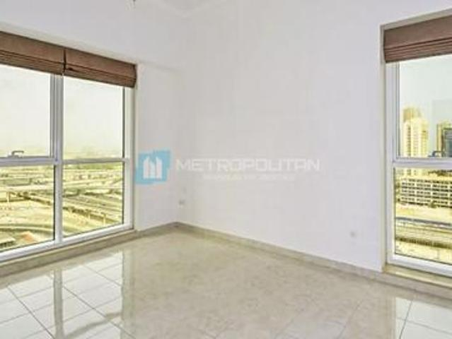 Spacious And Bright Unit| Near Metro | Rented