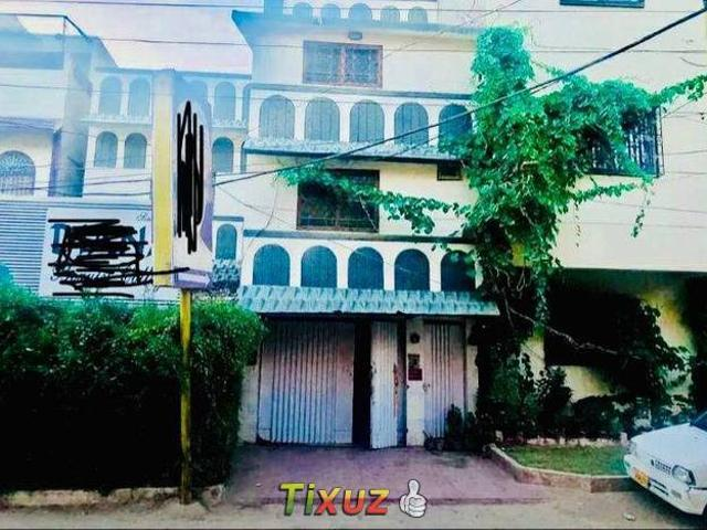 Spacious Commercial House Is Available In Unit 6 Latifabad For Rent