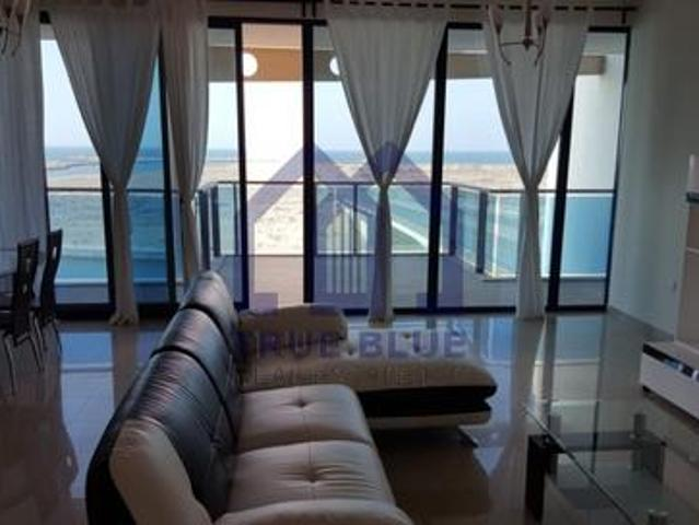 Spacious Duplex With Modernly Designed Layout
