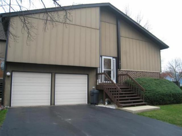 Spacious End Unit On Corner Lot With Finished Lower Level!