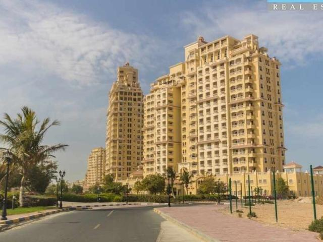 Spacious Living With Spectacular Views One Bedroom Apt