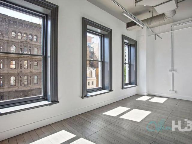 Spacious Office | Contemporary Office Space | Stylish Décor