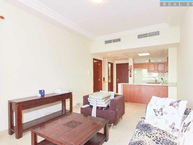 Spacious One Bed Ground Floor Partial Garden View