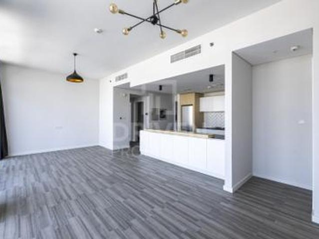 Spacious   Ready To Move In   Vacant Apt