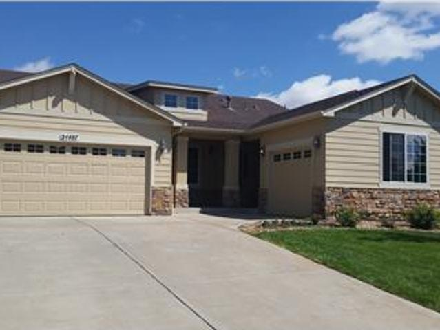 Sprawling, Open Large Beautiful Ranch Home!