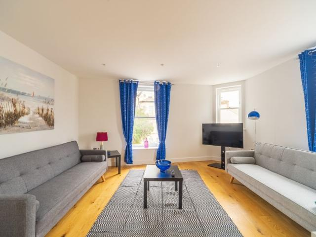 St Johns Road / Two Bedroom Apartment