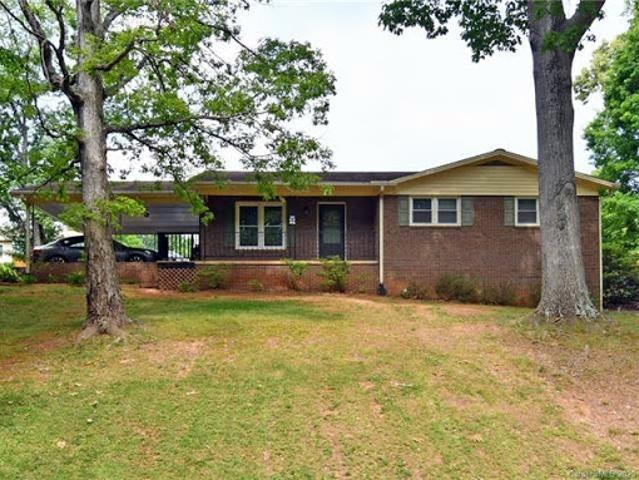 Statesville Three Br Two Ba, Great Ranch With Full Basement In