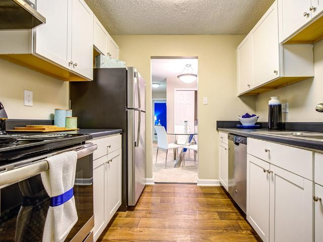 Sterling Bluff Apartments 1 Bedroom Apartment For Rent At 201 W Montgomery Xrd, Savannah, ...