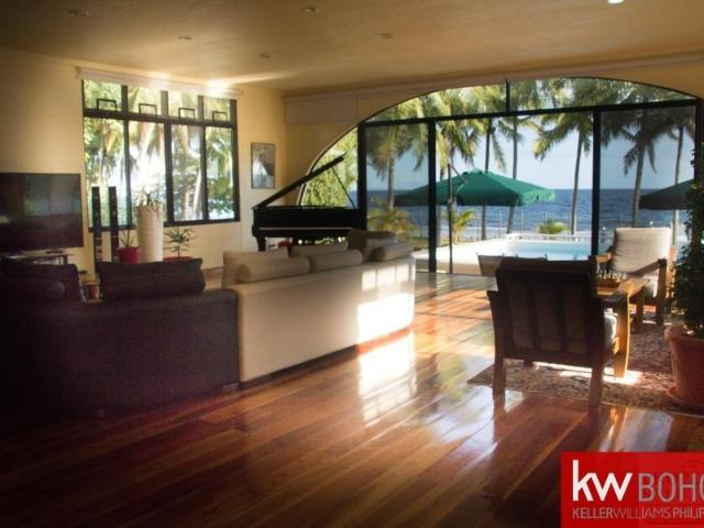 Stroll To Everything! Beach House And Lot With Pool And Yacht For Sale!