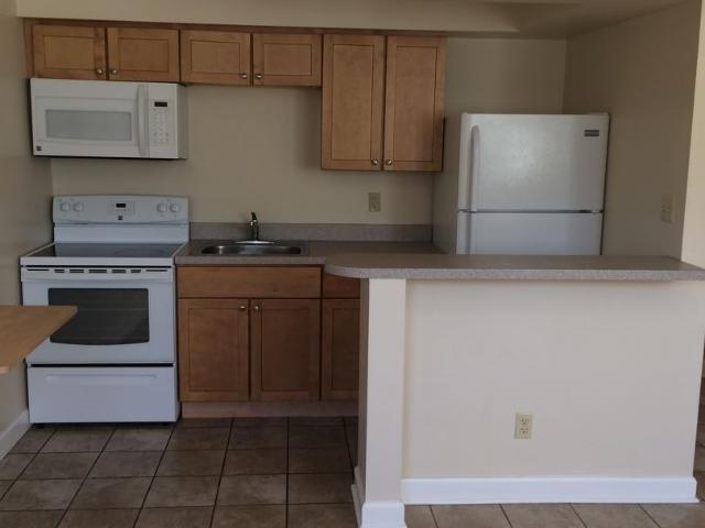 Studio, 1 Bath Apartment 941 981 Old Indian Trail 951 Old Indian Trail # 107