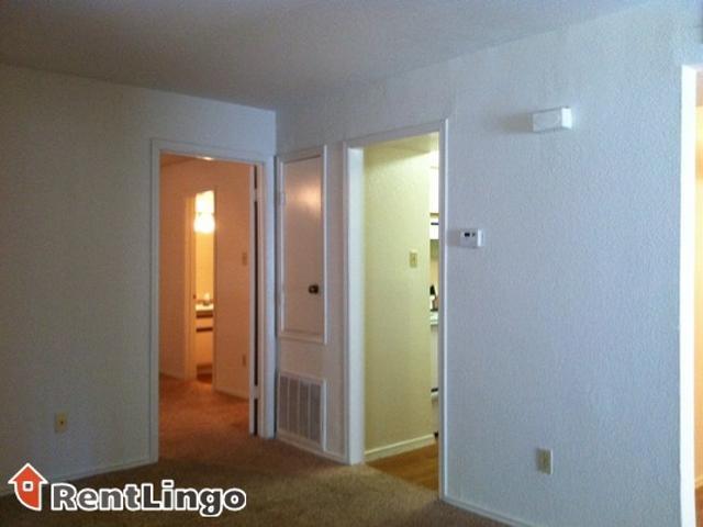 Studio Apartment 13930 Edgewood Avenue