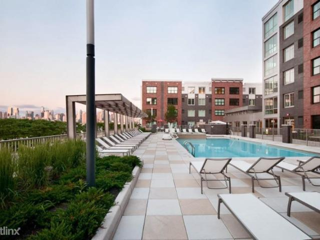 Studio Apartment For Rent At 89 89 Clifton Terrace 1, Weehawken, Nj 07086