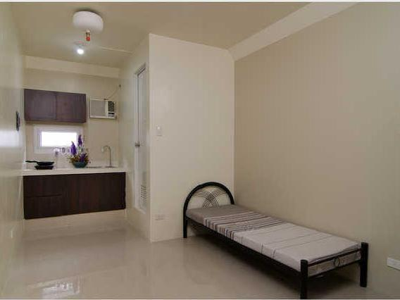 Studio Apartment & Room For Rent Cm Recto Manila