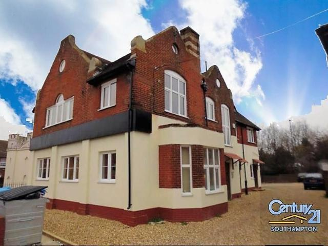 Studio Flat To Rent In |ref: R152093|, Portswood Road, Southampton So17 2td On Boomin