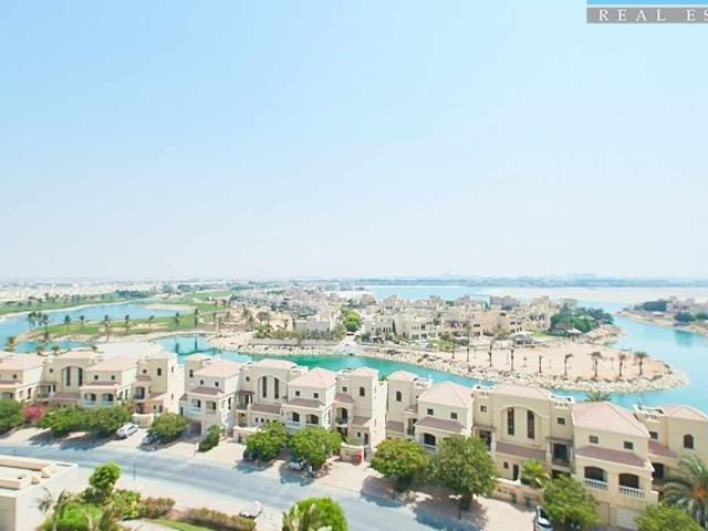 Stunning Golf Course & Lagoon View Well Maintained