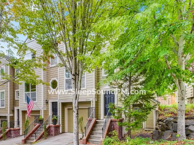 Stunning, Modern Three Bedroom With Yard Northwest Heights Available Now!