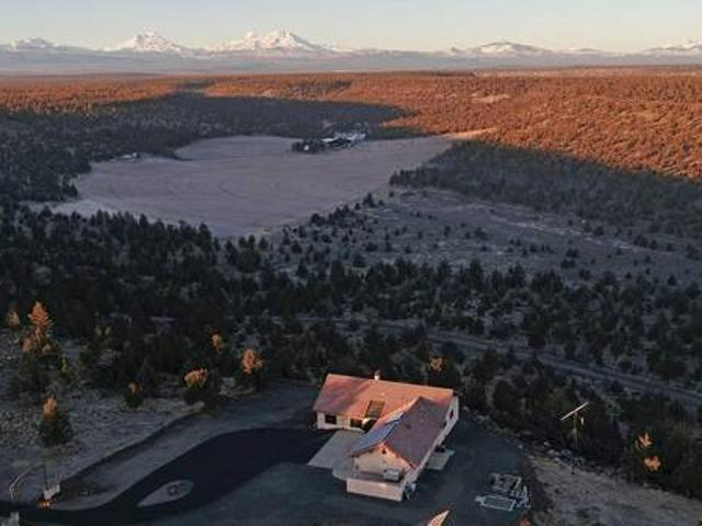 Stunning Panoramic Views From Gorgeous Home On 8.15 Acres 69616 Buckhorn Road