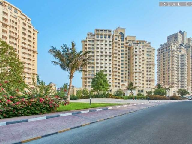 Stunning Sea View Two Bedroom Apartment Well Maintained