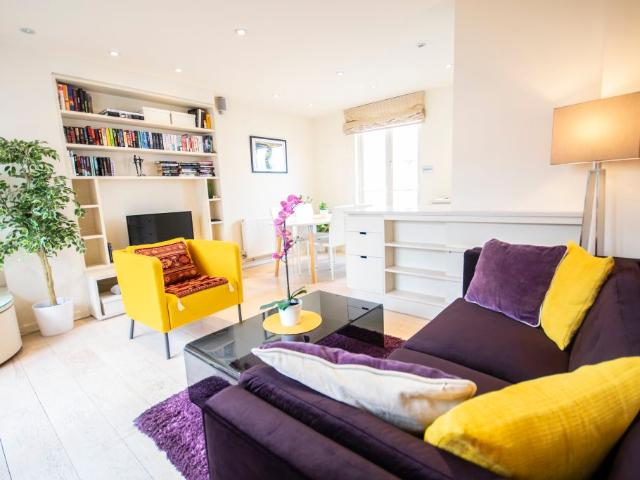 Stylish And Bright Apartment In Notting Hill