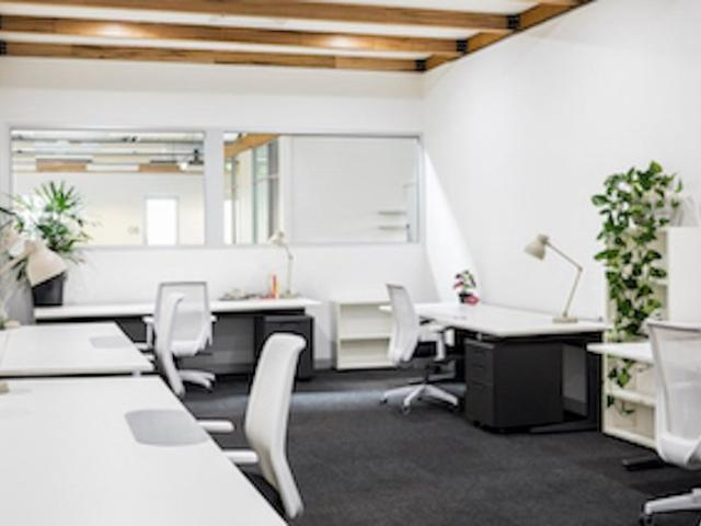 Stylish, Fully Furnished, Serviced Office Space For Rent
