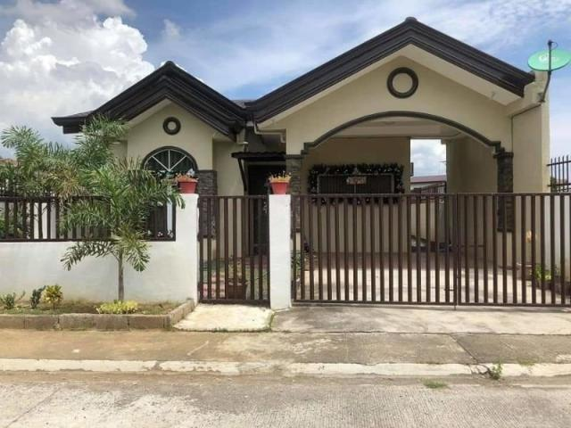 Stylish House And Lot Close To Local Attractions For Sale