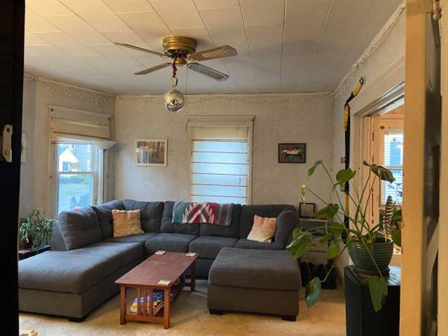 Sublet Large Bedroom In A 1st Floor 2 Bdrm Apartment Northton
