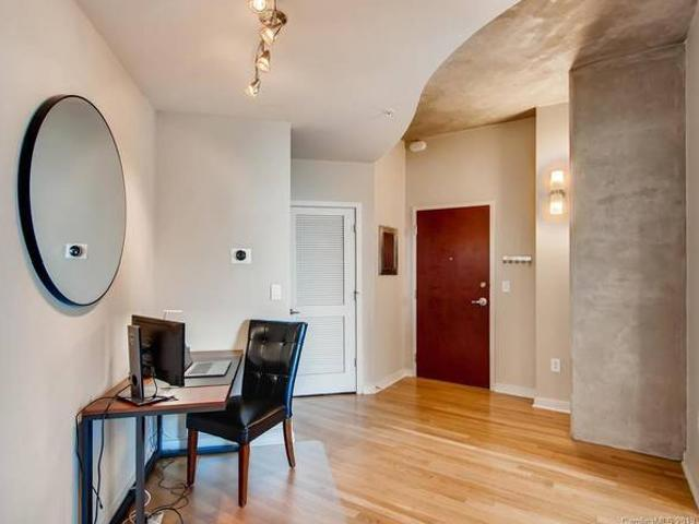 Sublet One Bedroom Furnished Condo, Move In Ready Charlotte, Nc