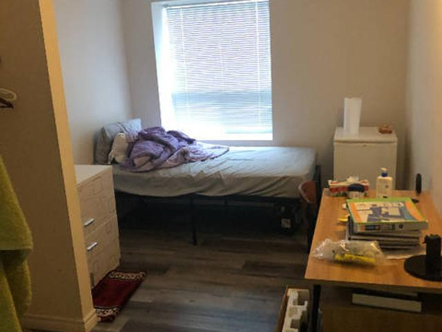 Summer Sublet 330 Spruce St Laurier And Waterloo Students