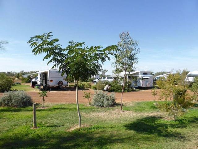 Superb Outback Riverside Caravan Park Only 5 Years Old 1p0150cp